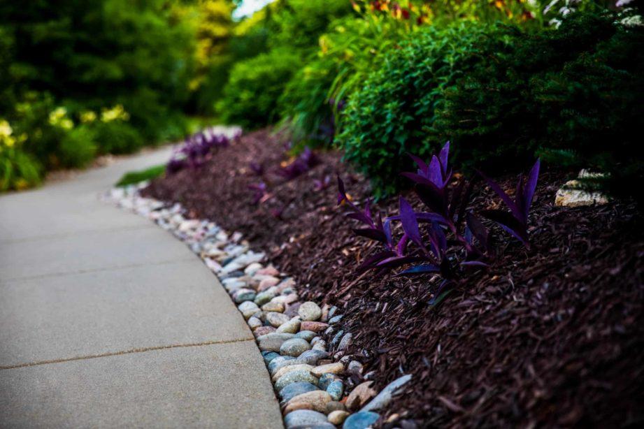 mulch landscaping